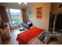 6 bedroom house in Royal Park Avenue, Leeds, LS6 (6 bed)