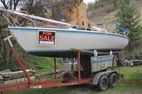 Capri 25 Racer- Cruiser Fixed-fin keel Sailboat