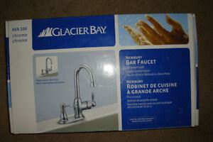 Bar faucet with soap dispenser