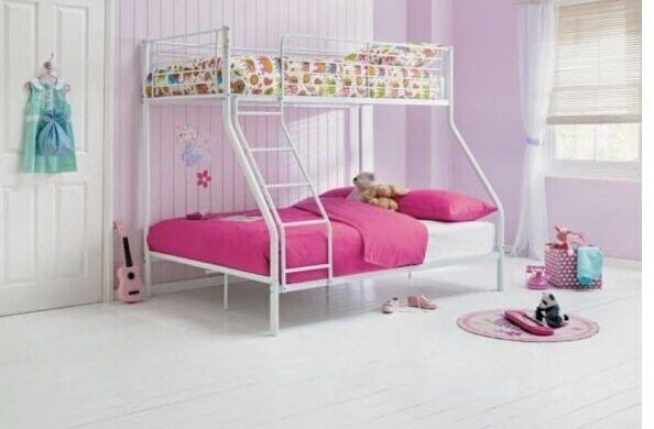Metal triple bunk bed united kingdom gumtree for Gumtree bunk beds