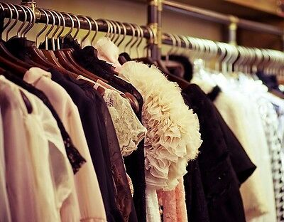 How To Clean Out Your Closet At The End Of Each Season