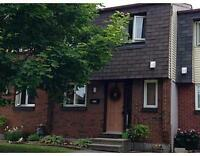 MODERN, UPGRADED 3 BEDROOM TOWN HOME IN PINEVIEW, GLOUCESTER