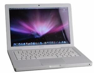 "Apple MacBook White 13"" Back to School 2.4GHz 2GB Ram 250HD 30 days Warranty."