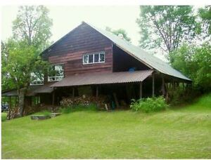 JUST IN TIME FOR SPRING – 4 SEASON CABIN – EMBRACE NATURE HERE!