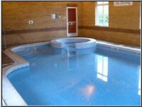 Lux lrg 2 dbl Bed fully furnished flat Free FULL LEISURE FACILITIES pool sauna gym gardens