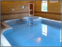 Lux lrg 2 dbl Bed fully furnished flat Free FULL LEISURE FACILITIES pool Jacuzzi sauna gym gardens