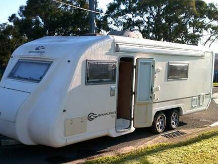GRANDCRUISER - Ritz - 2 x Single Beds, ENSUITE, 2005 Boondall Brisbane North East Preview