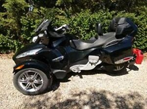 2011 Can-Am Spyder RTS-SM5