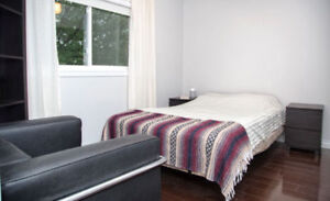 Furnished room (utilities incl) in modern artist house avail Oct