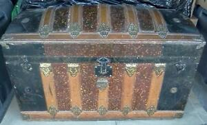 ANTIQUE STYLE CURVED TOP TRUNK Cornwall Ontario image 1