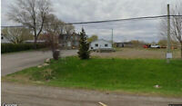 Parking or Storage or other purpose - Ottawa/Greely