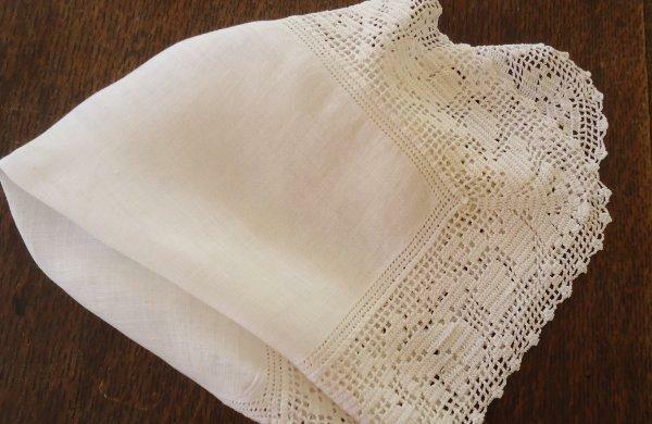 Vintage Pure Linen Filet Crochet Lace Hanky Drawnwork Roses Floral Ivory