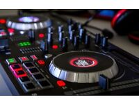 Numark Mixtrack Platinum 4 Deck DJ Controller