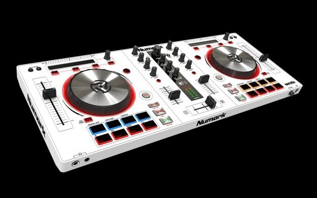 """LIMITED EDITION NUMARK MIXTRACK PRO 3 """"WHITEin Westcliff on Sea, EssexGumtree - Limited edition NUMARK mixtrack pro 3 in immaculate condition, even still has the jog wheel protectors still on as I have only used it once at home. I am selling as a more advanced controller has been offered to me. However this unit Im selling is..."""