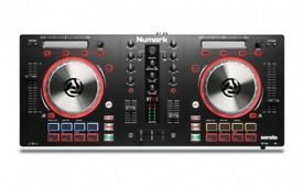 Numark Mixtrack Pro 3 (with soundboard) LIKE NEW