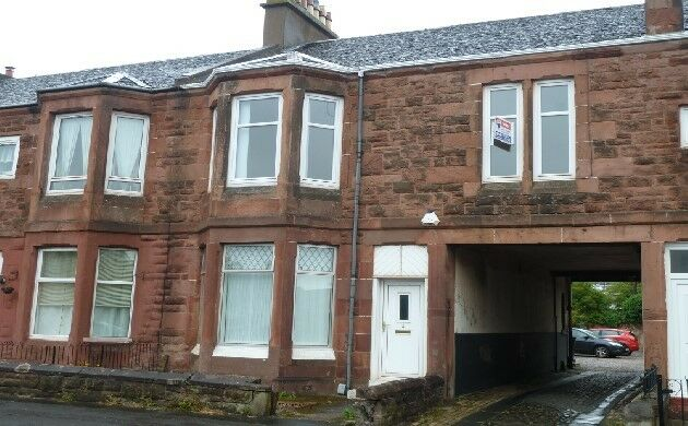 2 bedroom flat in Exeter Street, Coatbridge, North Lanarkshire, ML5 4AH