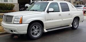 2003 Cadillac Escalade EXT Pickup Truck