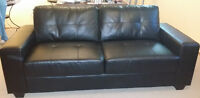 Black leather sofa including delivery in mint condition