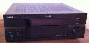 YAMAHA RX-V1900 7.1 A/V Home Theatre Receiver. POWERFUL 130 wpc