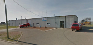 BROOKS WAREHOUSE FOR LEASE OR SALE - GREAT LOCATION/LEASE RATE