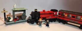 HARRY POTTER LEGO - Set 4758 - Hogwarts Express (2nd edition) - Complete with Instructions!