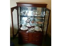 Lovely glass display unit