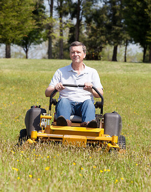 8 Accessories for your Riding Lawnmower