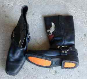 Mens size 9 Harley Davidson boots for sale