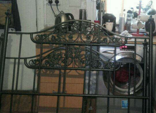 Double metal bedin Leeds, West Yorkshire - Metal bed ready to go