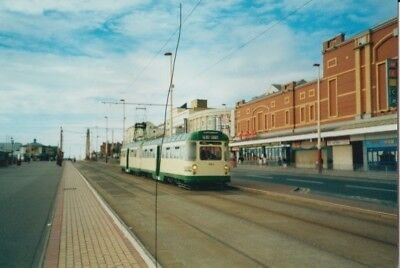 TRAM/BUS PHOTO PHOTOGRAPH,BLACKPOOL TRANSPORT TWIN CAR ON PICTURE,TRAILER FIRST.