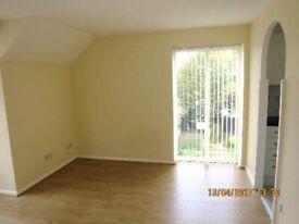 Spacious Newly Decorated Studio Flat, Separate Kitchen, Bathroom, Wood Floors