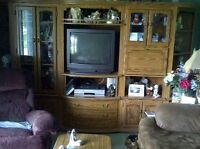 selling wal unit with 3 tables all in oak