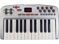 M-Audio Oxygen V2 midi keyboard