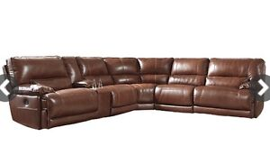 LEATHER SECTIONAL WITH POWER RECLINERS