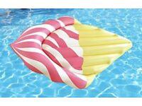 Ice cream pool float