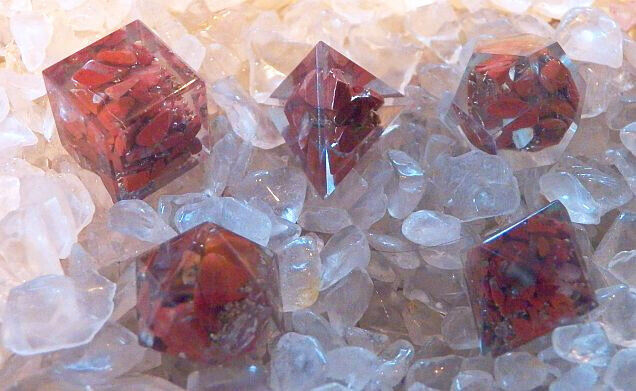 7 PC ORGONE SACRED GEOMETRY PLATONIC SOLIDS RED JASPER CRYSTAL SET, BOX & POUCH