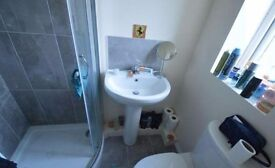 **AVAILABLE NOW** DOUBLE ENSUITE ROOM - BRERETON CLOSE NR5