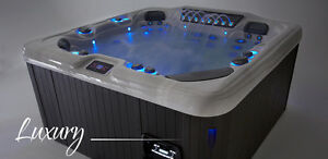 AQUARIUS DESERT HORIZON SLATE THERAPEUTIC HOT TUB/ SPA