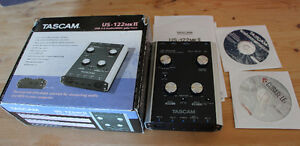 TASCAM - US-122 MKII