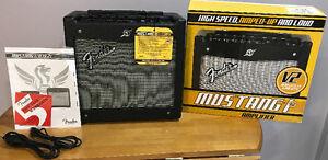 Fender Mustang I V2 20W Guitar Amp - LikeNew - InBox - 100$