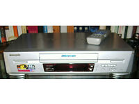 PANASONIC NV-SJ22OB SUPER DRIVE VIDEO PLAYER
