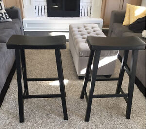 2 bar stools London Ontario image 1