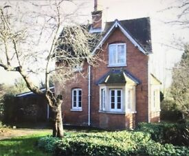3 bedroom newly refurbished Victorian lodge set in beautiful Berkshire countryside.
