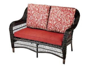 comfortable outdoor loveseat - excellent condition - annex