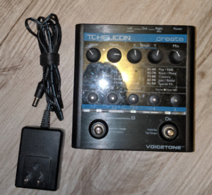 TC-Helicon Voicetone Create vocal effects pedal