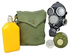 Russian-GP-7V-Gas-Mask-with-Drinking-System-and-Bag-All-Sizes-Soviet-Red-Army