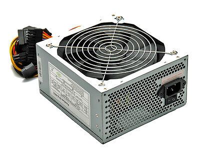 650 WATT ATX PC Computer Netzteil SATA PCI-E 140mm SILENT 14cm Lüfter + Kabel