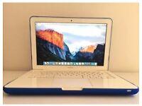 "Apple MacBook Core 2 Duo 2.4Ghz 250GB 13"" Sierra"