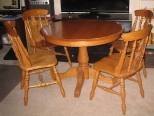 Buy Or Sell Dining Table Sets In Chatham Kent