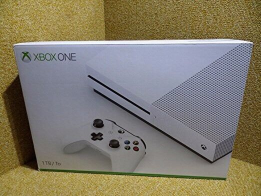 WHITE XBOX ONE S WITH ASSASSINS CREED